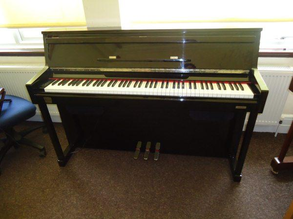 Classenti CDP3 Polished Ebony Piano