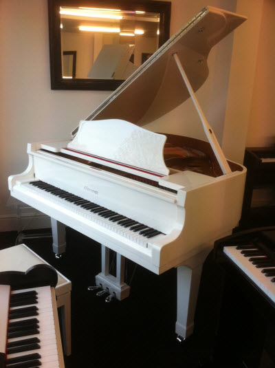 Broadway BG-150 in Polished White